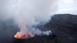 Aliran Lava Gunung Berapi Nyiragongo Kongo Capai Bandara Goma