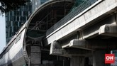 Progres pembangunan prasarana moda tranportasi berbasis rel ringan telah mencapai 82,64 persen per Januari 2021.