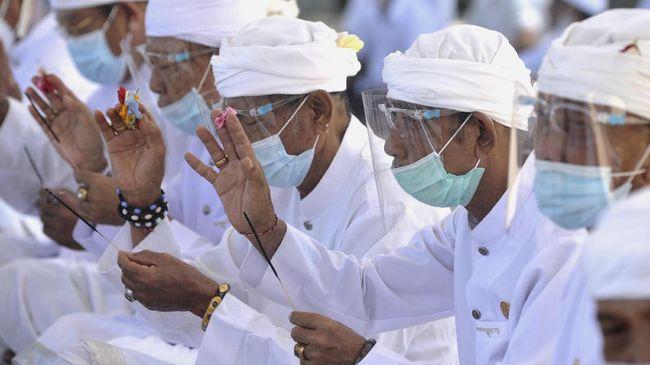 Kementerian Kesehatan merilis hasil laporan survei tingkat kedisiplinan penerapan protokol kesehatan. Bali jadi provinsi paling taat pakai masker.