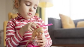 Studi: Boneka Kurus Pengaruhi Persepsi Anak soal Tubuh Ideal