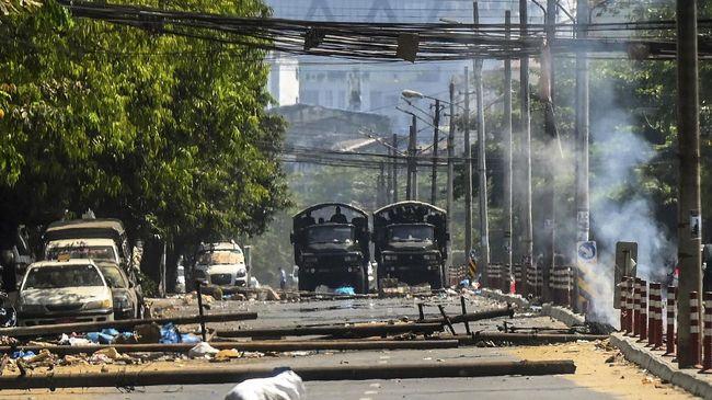 Utusan Myanmar untuk PBB yang telah memberontak melawan aksi junta militer menyerukan perlawanan dan semangat untuk bertindak.