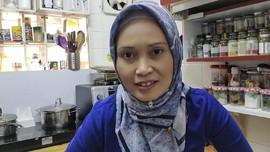 Rosidah, Youtuber RI Populer di Asia Raup Rp100 Juta Sebulan