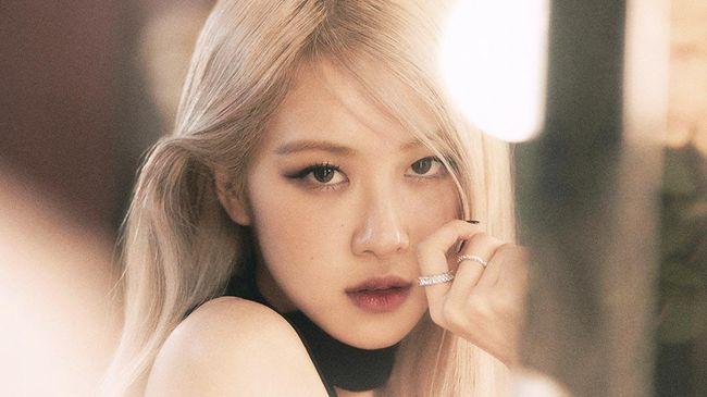 Album solo perdana Rose BLACKPINK telah terjual lebih dari 500 ribu kopi. Hal tersebut menjadikannya solois Korea dengan penjualan album terbanyak di era ini.