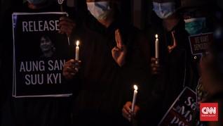 FOTO : Solidaritas untuk Rakyat Myanmar di Depan Gedung ASEAN