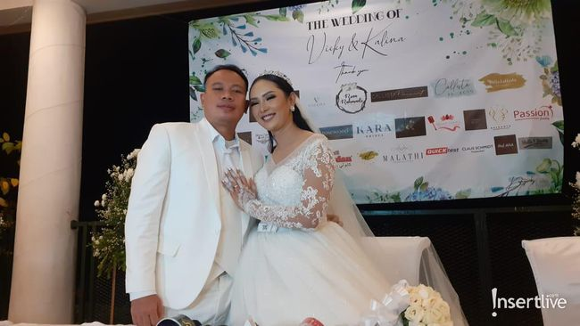 Married to Vicky Prasetyo, Kalina Expresses Happiness When Mother Is Present