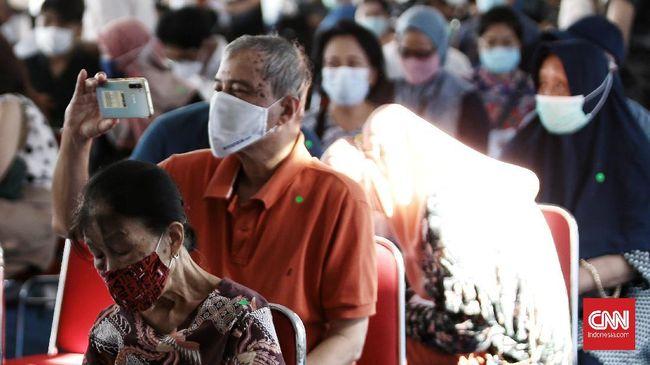 Menteri BUMN Erick Thohir menyatakan sentra vaksinasi bersama yang menyasar kalangan lansia dan pekerja BUMN bertujuan mempercepat program vaksinasi covid-19.