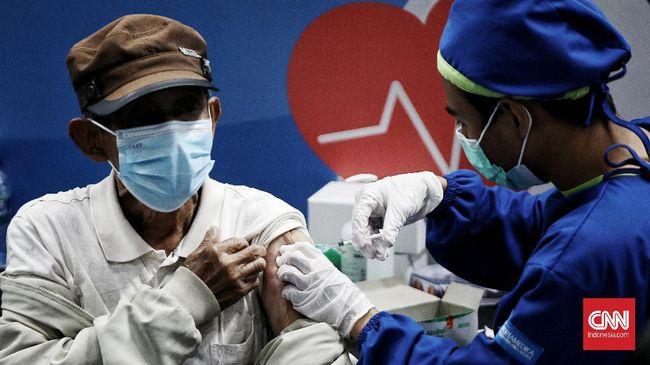 Bagi Lansia dengan KTP non-DKI Jakarta yang ingin mendaftar vaksinasi di Istora wajib membawa surat domisili di wilayah ibu kota RI tersebut.