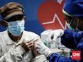 FOTO: Vaksinasi Lansia dan Pekerja di Istora Senayan Jakarta