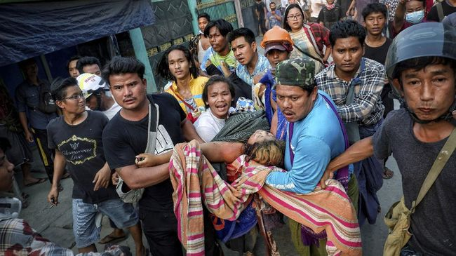 Myanmar dikhawatirkan menjadi episentrum ledakan kasus Covid-19 di tengah konflik yang terus membara sejak kudeta militer pada 1 Februari lalu.