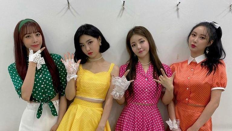 Inilah potret Brave Girls, Group Girl yang telah debut selama 10 tahun dan baru saja meraih kemenangan pertama.