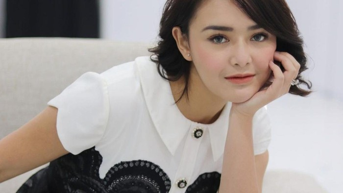 Makeup Simple dan Flawless ala Andien, Ikatan Cinta