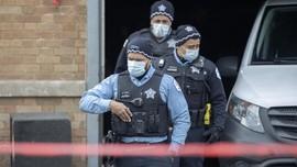 FOTO: Pesta Berujung Penembakan Massal di Chicago