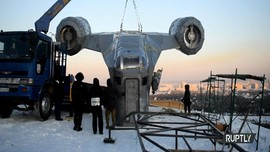 VIDEO: Pesawat Di Film Star Wars 'Mendarat' di Siberia