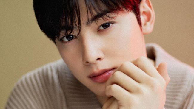 Salah satu member boyband ASTRO, Cha Eun-woo bakal gelar jumpa pers virtual perdananya pada 4-5 Juni 2021.