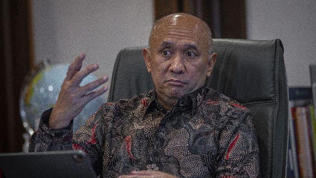 Menkop UKM Teten Masduki menyebut bahwa pemerintah mengkaji kenaikan plafon KUR khusus dari Rp500 juta menjadi Rp20 miliar.