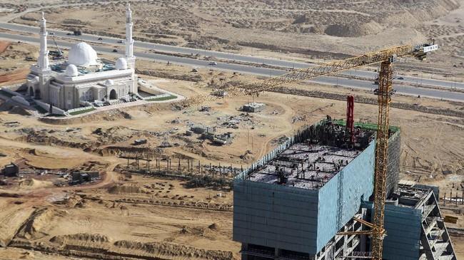 Mesir tengah mengejar pembangunan ibu kota baru yang terletak di timur Kairo. Pembangunan dilakukan oleh China State Construction Engineering Corp (CSCEC).