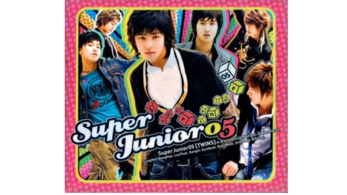 Super Junior awalnya debut dengan nama Super Junior 05 pada tahun 2005 silam. Menyapa publik dengan album bertajuk Twins, anggota Super Junior saat itu masih berjumlah 12 orang / foto: smtown.com