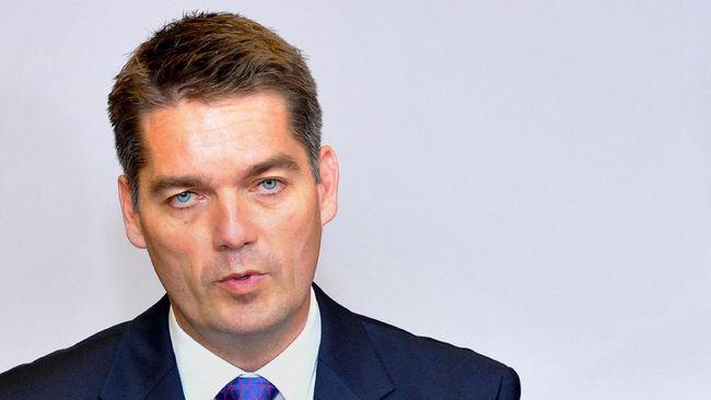 BWF mengumumkan bahwa Poul Erik Hoyer Larsen jadi calon tunggal untuk posisi Presiden BWF di masa kepengurusan mendatang.