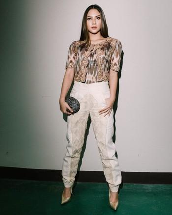Dalam film tersebut, Jessica Mila harus mengubah bentuk dan berat badannya mengikuti perannya sebagai Rara yang mulanya gemuk hingga bertransformasi menjadi langsing. (Foto: instagram.com/jscmila/)