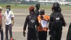 VIDEO: Densus 88 Terbangkan 22 Terduga Teroris Ke Jakarta