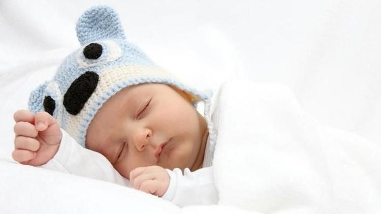 Sembarangan memilih nama untuk Si Kecil dapat berakibat buruk lho, Bun untuk Si Kecil. Yuk simak nama bayi laki-laki yang islami berikut ini.