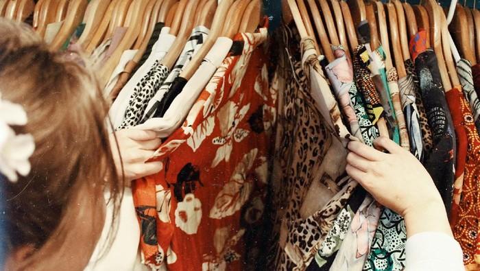 Rekomendasi Thrift Shop Online yang Siap Bikin Stylemu Makin Modis!