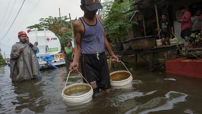 Hari ini tepat 22 Maret diperingati sebagai Hari Air Sedunia. Saban tahunnya, ancaman krisis dan pencemaran jadi bahaya langganan yang dihadapi sumber daya air.