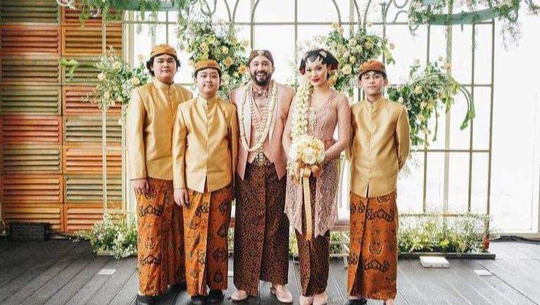 Berikut adalah momen pernikahan Dara Warganegara dan Chef Norman Ismail