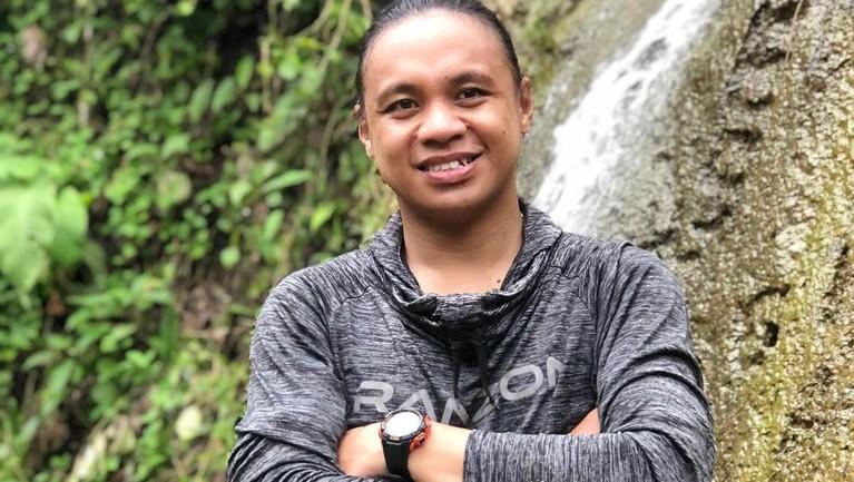 Berikut adalah sosok Amasya Manganang, kaka dari Aprilio Manganang yang juga idap hipospadia.