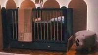 <p>Zaskia Sungkar dan Irwansyah tengah menanti kehadiran anak pertama mereka nih, Bunda. Jelang lahiran, keduanya lagi disibukkan dengan urusan mendekorasi kamar sang buah hati. (Foto: Instagram @zaskiasungkar15)</p>