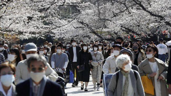 Kasus harian Covid-19 di Ibu Kota Tokyo, Jepang, kembali mencatat rekor dengan 5.042 orang dalam pada Kamis (5/8).