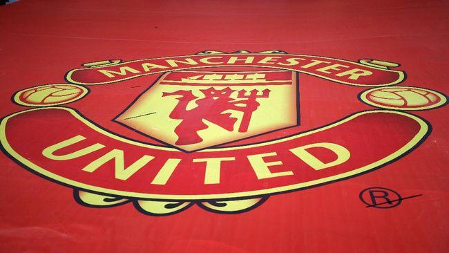 Pemilik Manchester United, Joel Glazer, mengaku bersalah atas proposal European Super League dan meminta maaf kepada fan The Red Devils.