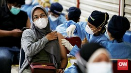 Kemenkes Pangkas Jam Kerja Vaksinasi Selama Ramadan