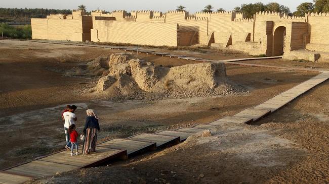 Reruntuhan Kota Kuno Babilonia telah masuk dalam daftar Situs Warisan Budaya UNESCO pada tahun 2019.