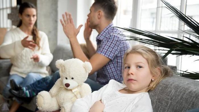 Duh, Ini Ciri-Ciri Orangtua yang Belum Stabil Secara Emosional