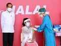 Jokowi: 70 Persen Masyarakat Divaksin, Covid Bisa Mental