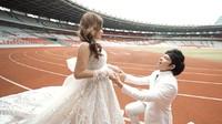 <p>Dalam hitungan hari, Atta Halilintar dan Aurel Hermansyah akan menikah, Bunda. Sebelumnya, mereka lakukan sesi pemotretan di Gelora Bung Karno (GBK). (Foto: YouTube: Atta Halilintar)</p>