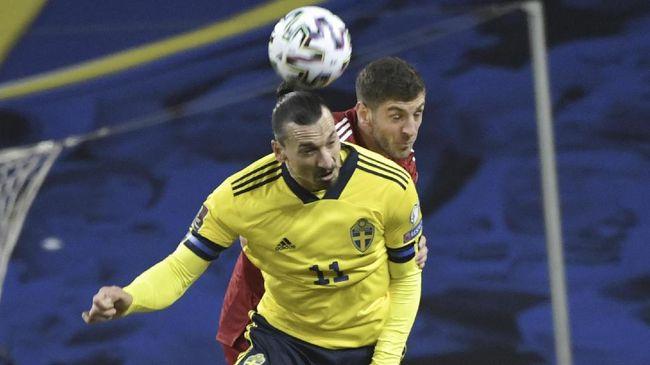 Zlatan Ibrahimovic dipastikan absen membela timnas Swedia di Piala Eropa 2020 karena cedera lutut bersama AC Milan.
