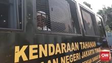 Rizieq Datang di Lokasi Sidang, Aparat Jaga Ketat PN Jaktim