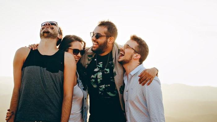 YOLO, 1 dari 5 Kebiasaan Sepele yang Bikin Bokek Generasi Milenial