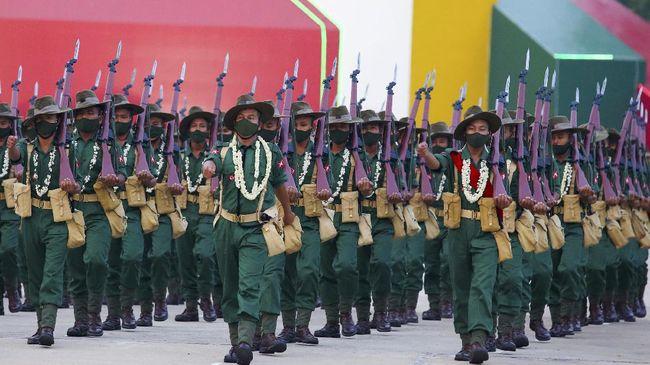 Militer Myanmar membebaskan lebih dari 23 ribu tahanan di seluruh negeri pada momen libur tahun baru Buddha, Sabtu (17/4).