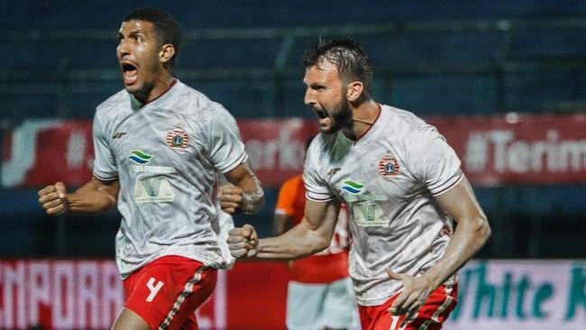 Persija Jakarta kalahkan Borneo FC 4-0 pada laga kedua babak penyisihan Grup B Piala Menpora 2021 di Stadion Kanjuruhan, Malang, Sabtu (27/3).