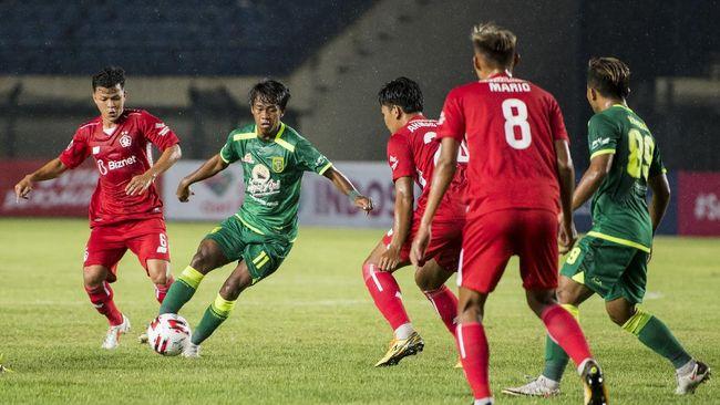 Persebaya Surabaya berhasil melangkah ke perempat final Piala Menpora 2021 usai bermain imbang tanpa gol melawan Persela Lamongan.