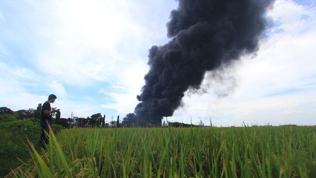 PT Pertamina (Persero) memastikan stok BBM nasional aman usai kilang Balongan di Indramayu milik Pertamina terbakar.