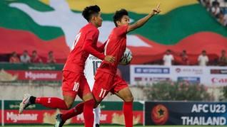 Pemain Myanmar Dihukum FAM karena Aksi Salam 3 Jari
