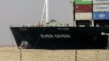 Macetkan Suez, Mesir Minta Ganti Rugi Rp13 T ke Ever Given