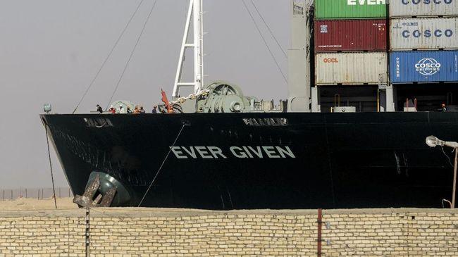 Mesir minta ganti rugi Rp13 triliun lebih kepada pemilik Kapal MC Ever Given, Shoei Kisen Kaisha atas kemacetan parah di Terusan Suez beberapa waktu lalu.