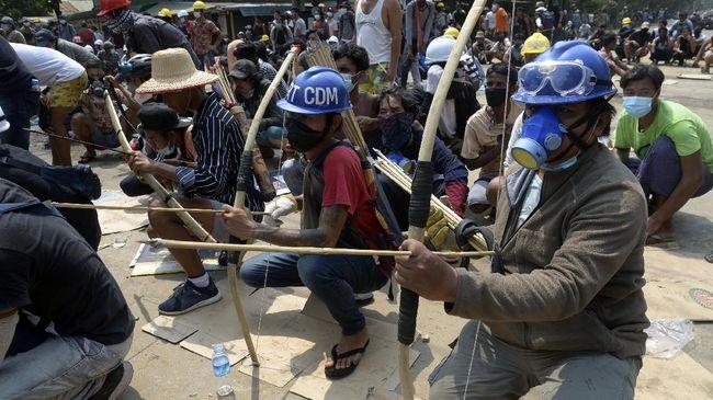 Dua bulan lebih kudeta berlangsung, pemberontakan rakyat sipil terhadap junta militer Myanmar terus meluas ke segala penjuru negeri.