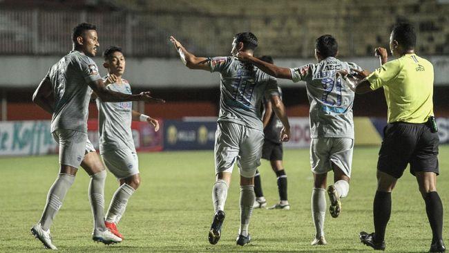 Persib tercatat belum pernah kalah di Piala Menpora 2021 dan selalu bisa bangkit ketika lawan mencetak gol lebih dulu.