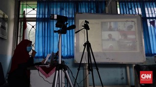 Hari Pertama PJJ Sekolah di DKI Gelar Orientasi Daring